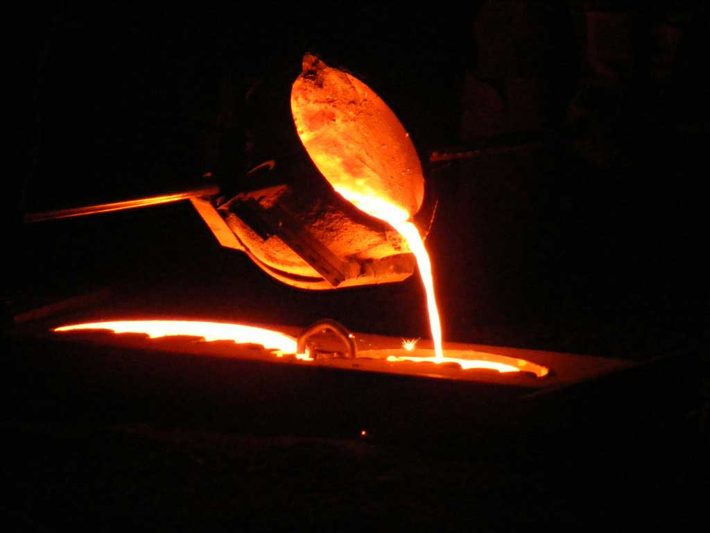Cast In Steel : Essential elements for early iron smelting gooseygoo
