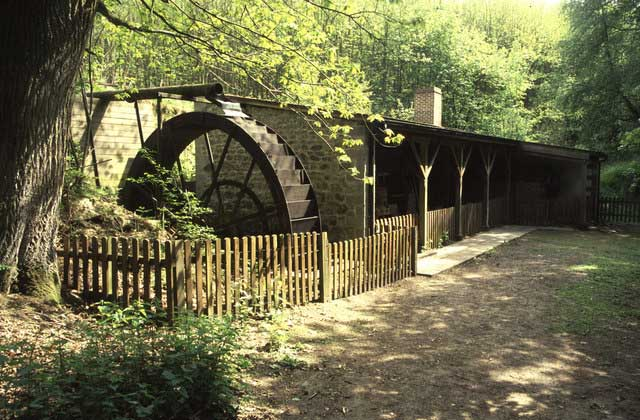 Hollycombe Steam Collection. © Copyright Chris Allen and licensed for reuse under CC BY-SA 2.0