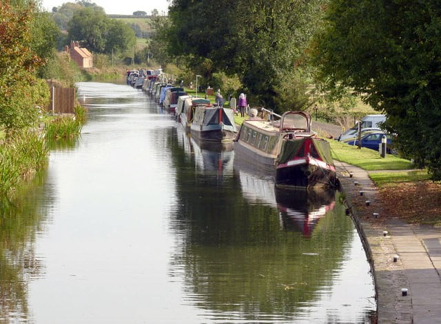 Chesterfield Canal © Copyright Alan Murray-Rust and licensed for reuse under CC by SA 2.0