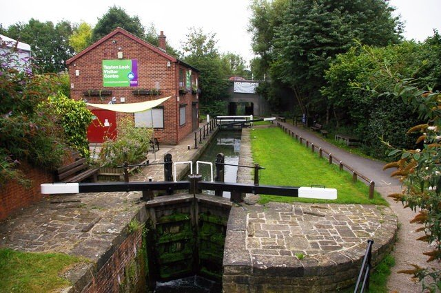 Tapton Lock © Copyright Christopher Hilton and licensed for reuse under CC by SA 2.0
