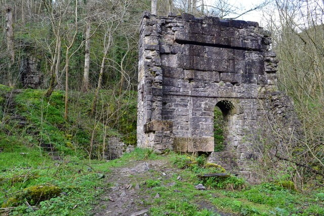 Mandale Engine House © Copyright David Martin and licensed for reuse under CC by SA 2.0