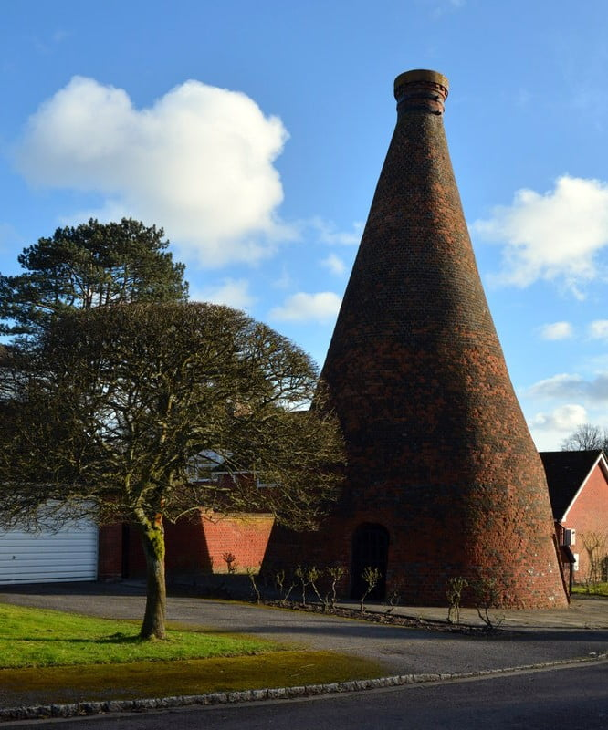 Nettlebed Bottle Kiln © Copyright Edmund Shaw and licensed for reuse under this Creative Commons Licence.